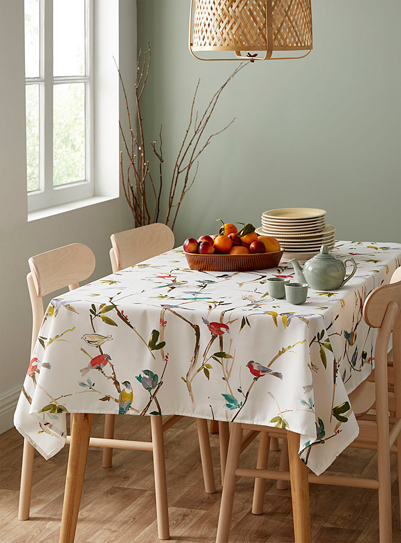 Spring birds coated tablecloth