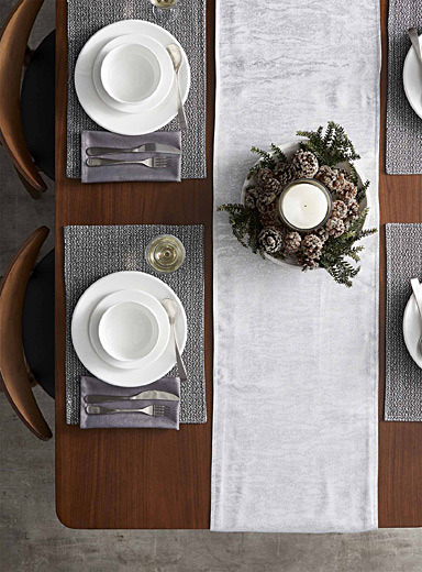 Metallic river table runner <br>16