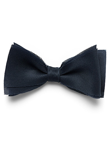 Title of work Marine Blue Raw-cut bow tie for men