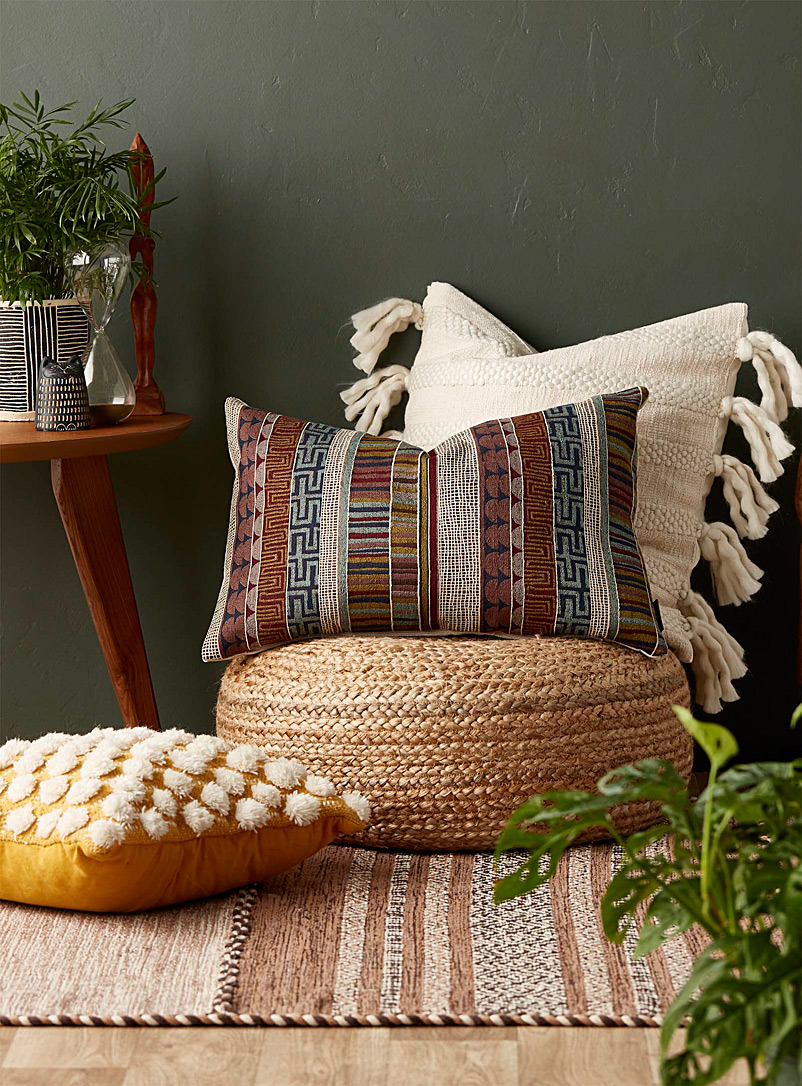 tapestry-stripe-cushion-br-16-x-24