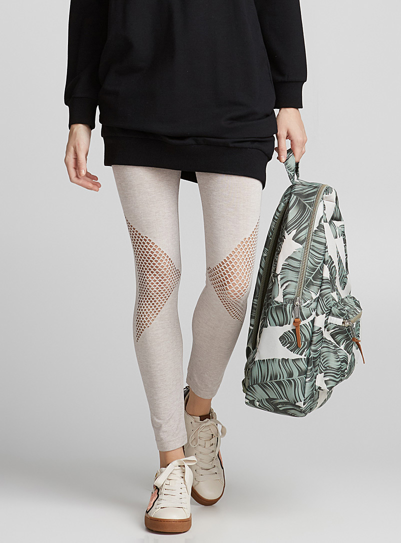 fishnet-knee-legging