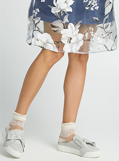 Sheer ruffle ankle socks
