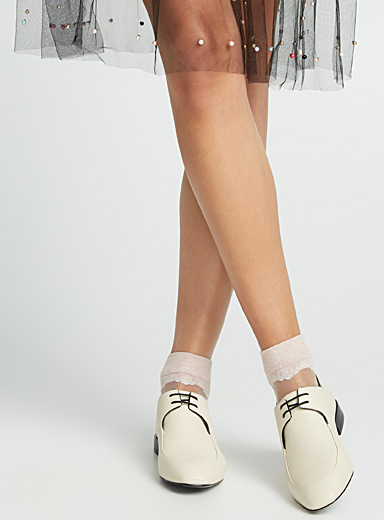 Sheer lace ankle socks