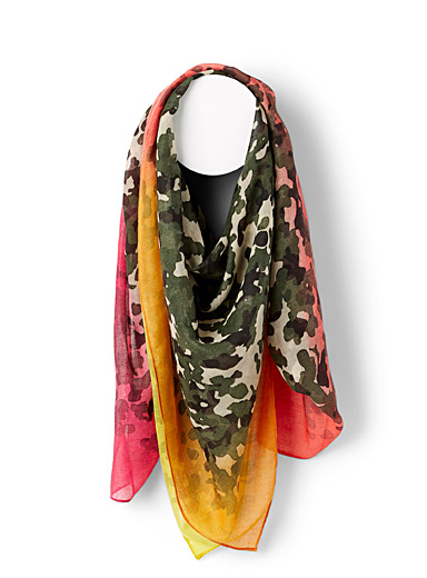 Coloured camo scarf