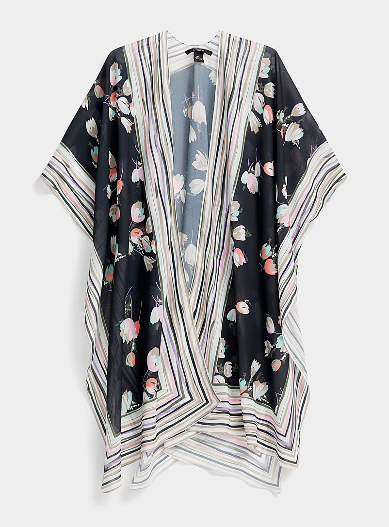 Simons Patterned Black Graphic tulip shawl for women