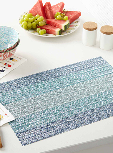 Sea blues braided vinyl placemat