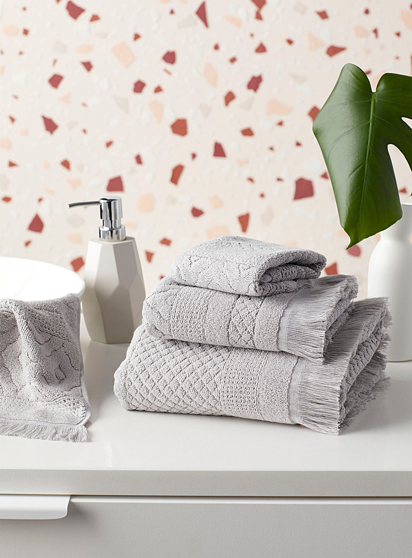 Citta Design Light Grey Diamond design grey jacquard towels