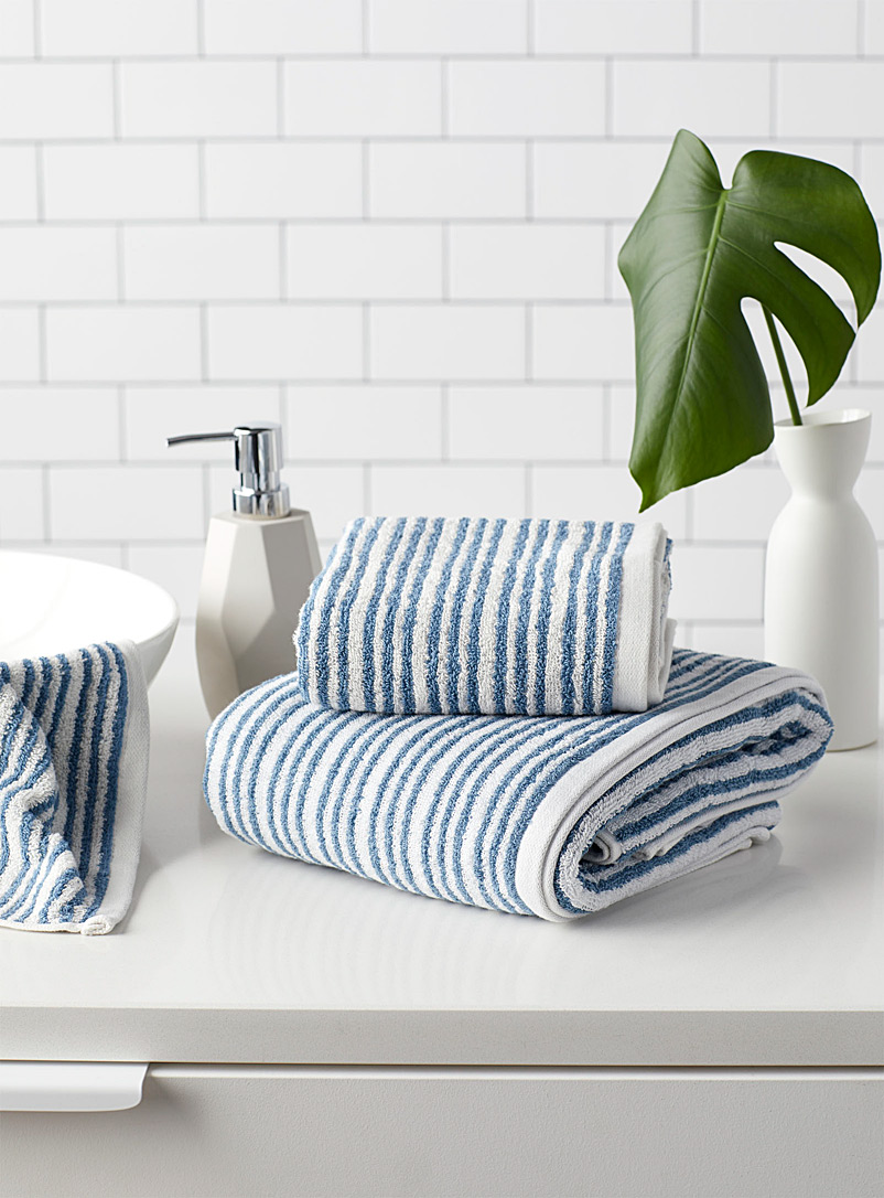 Seaside stripe towels