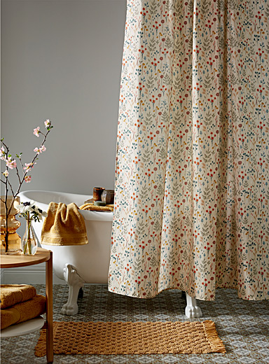 Drawn flowers shower curtain