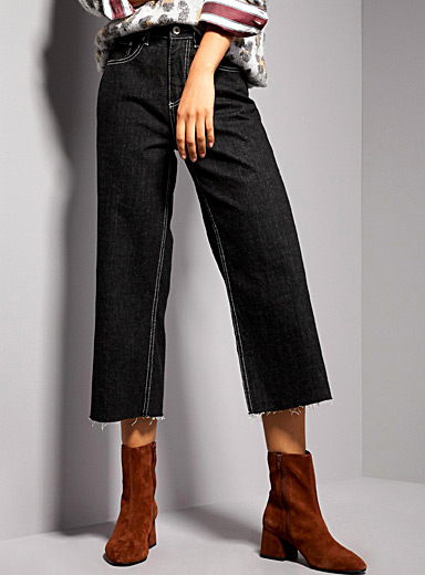 Accent thread wide-leg jean
