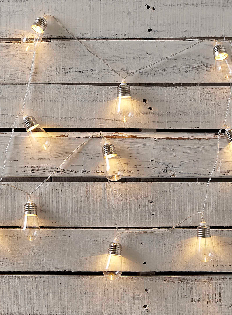 edison-bulb-string-lights