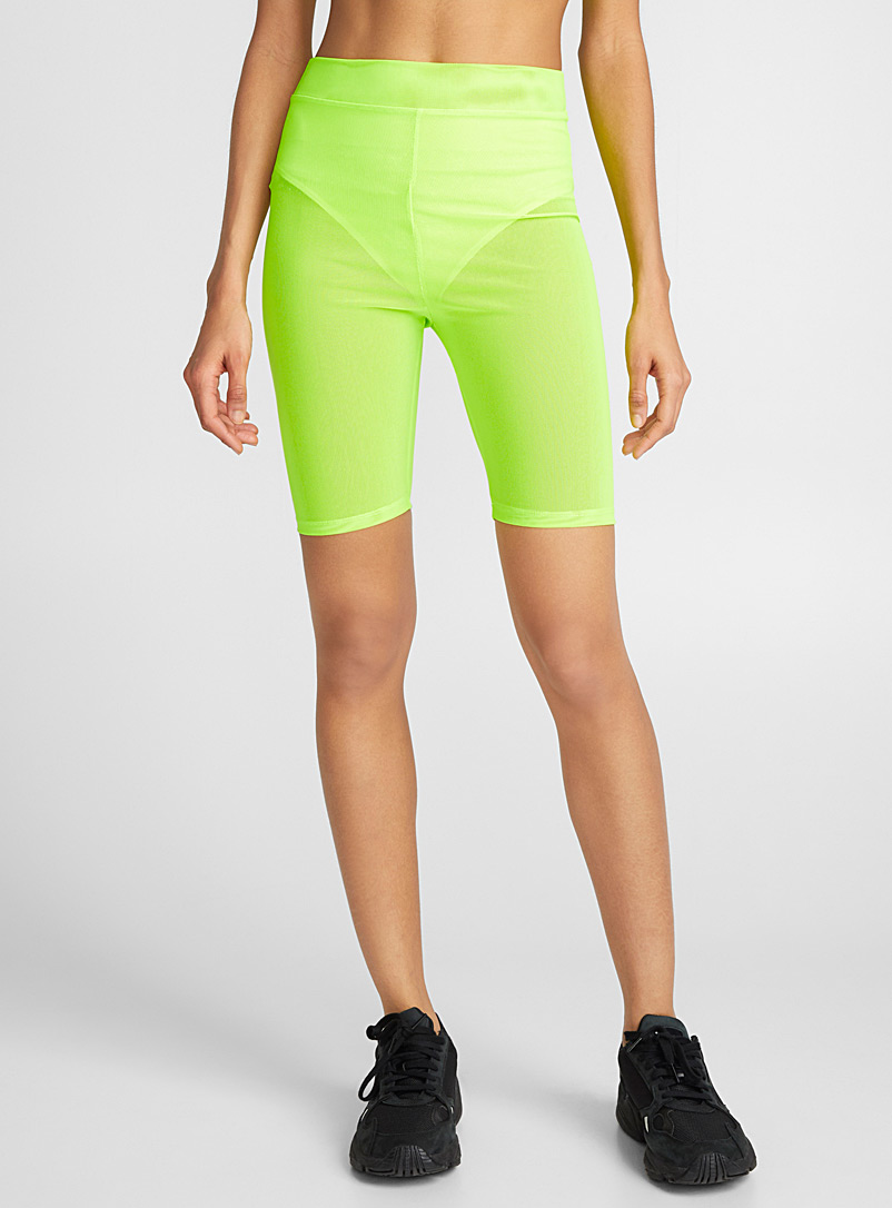 le-short-cycliste-filet-neon