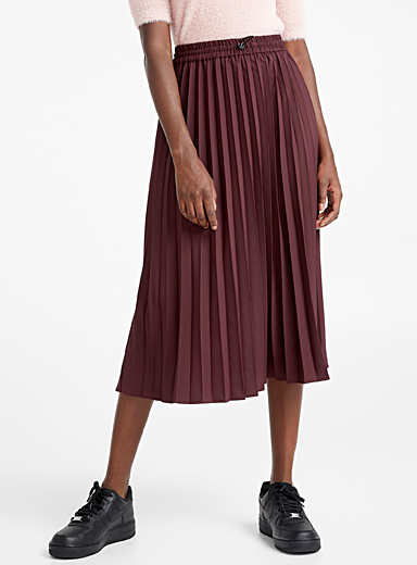 Toggle drawstring pleated skirt