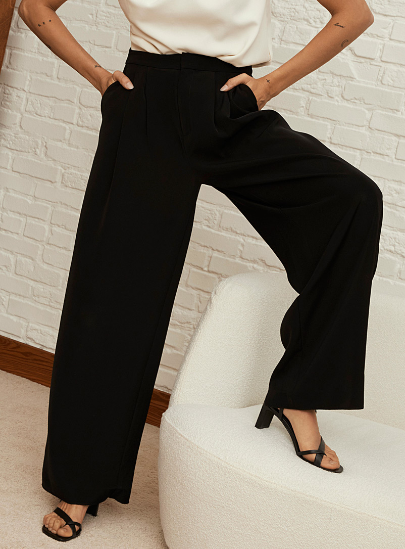 Icône Black Fluid wide-leg pant for women