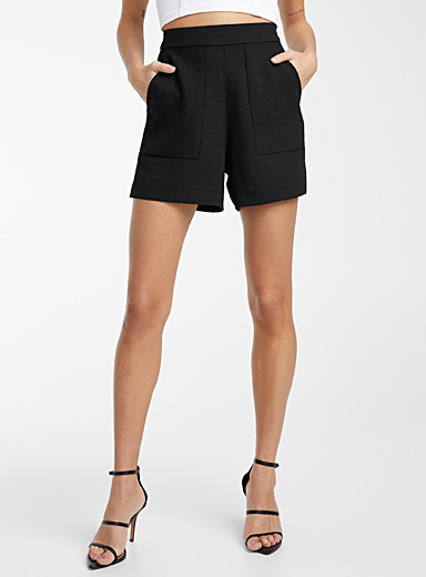 Icône Black Appliqué pocket piqué short for women