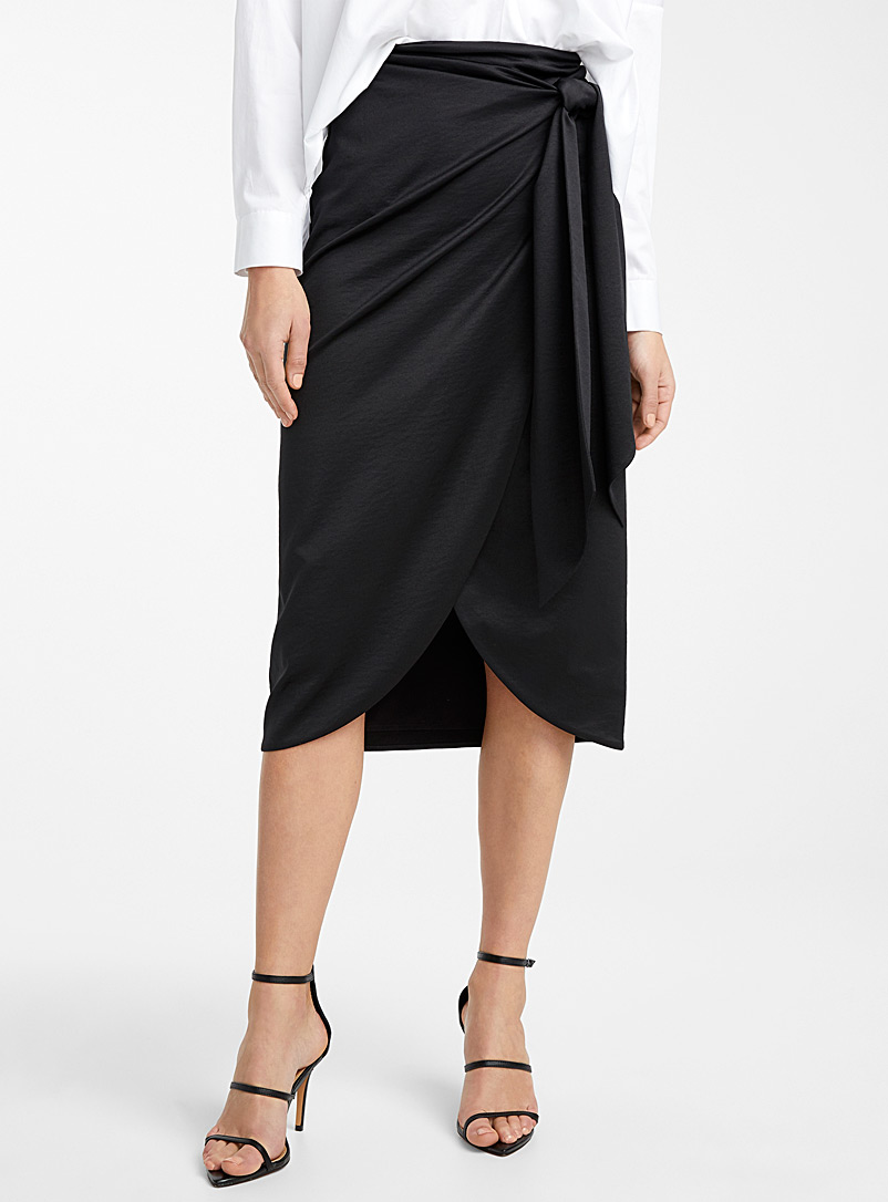 Icône Black Silky recycled polyester sarong skirt for women