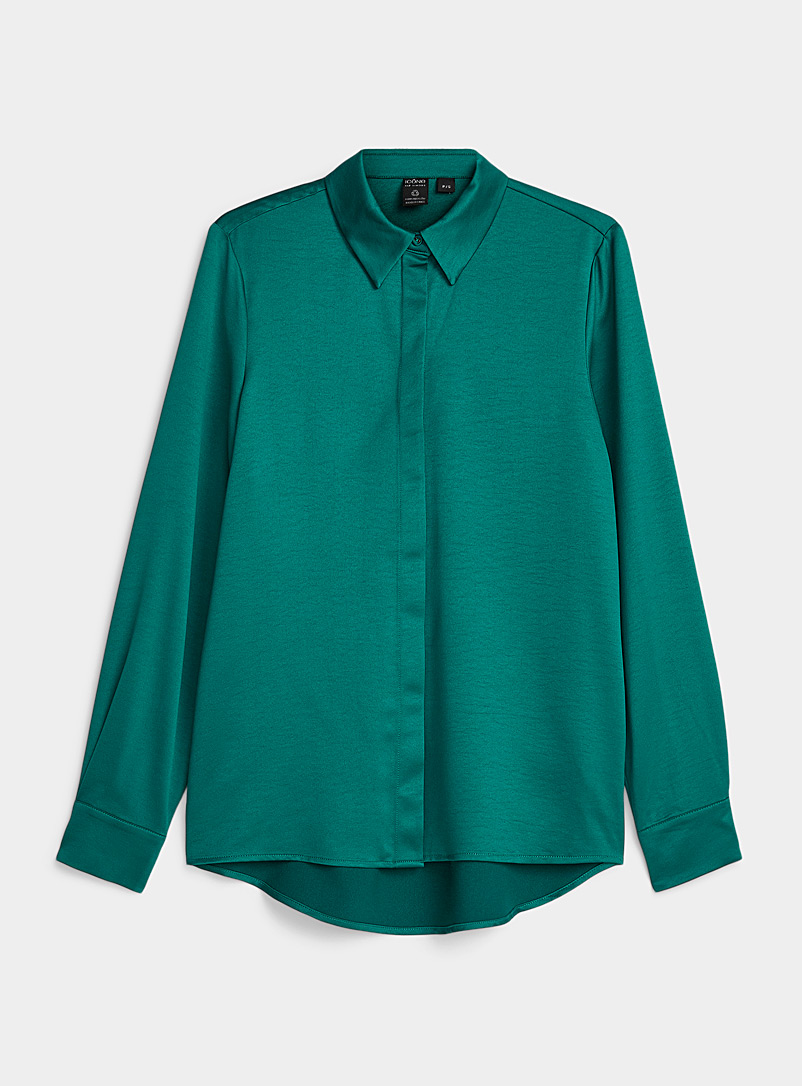 Icône Kelly Green Satiny Repreve* polyester shirt for women
