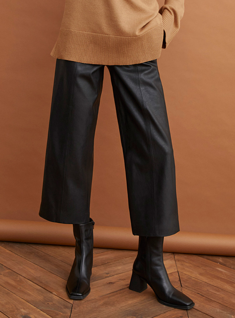 High-waisted cropped faux-leather pant