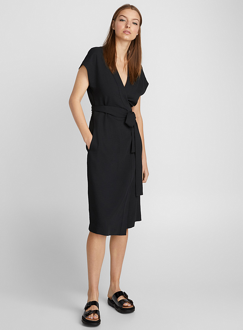 Piqué-textured wrap dress - Fit & Flare - Black
