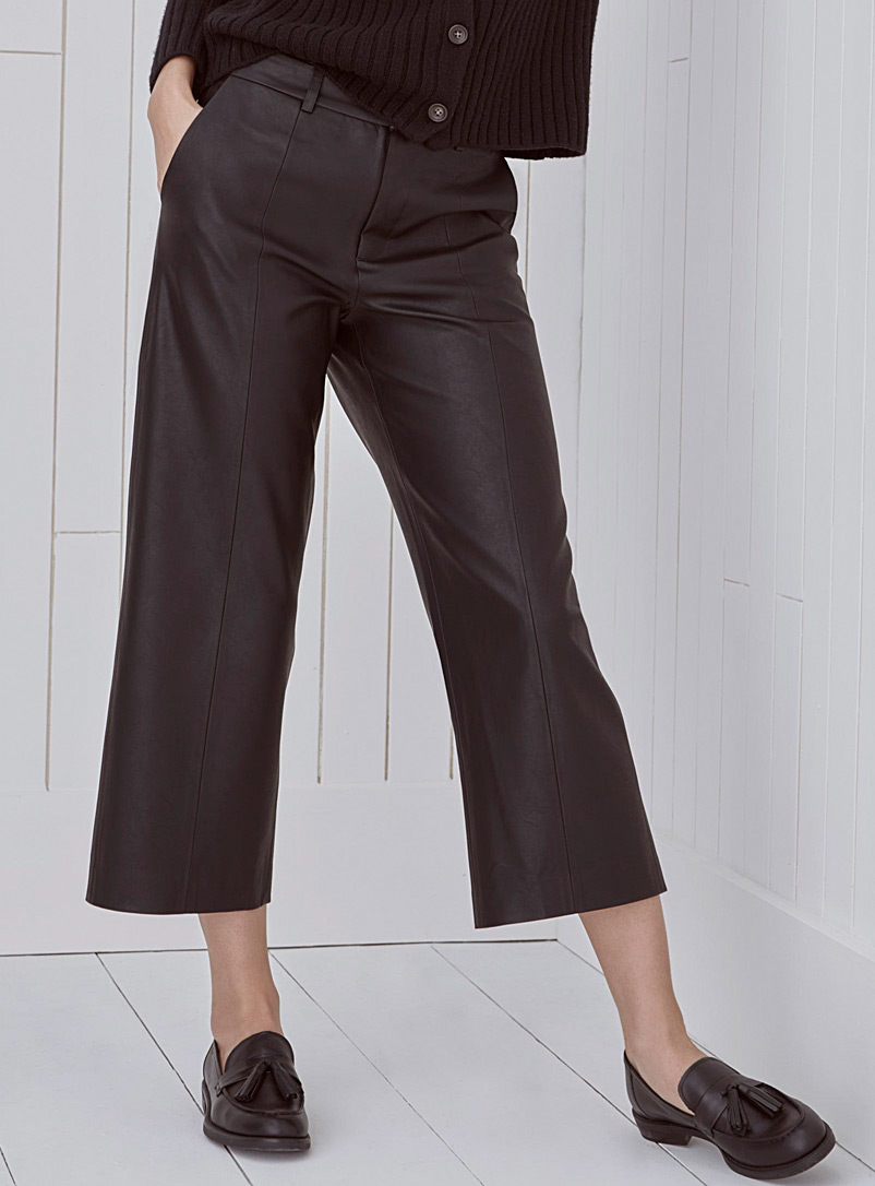 faux-leather-straight-cropped-pant