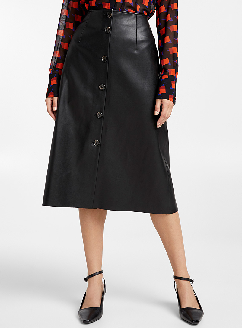 faux-leather-buttoned-midi-skirt