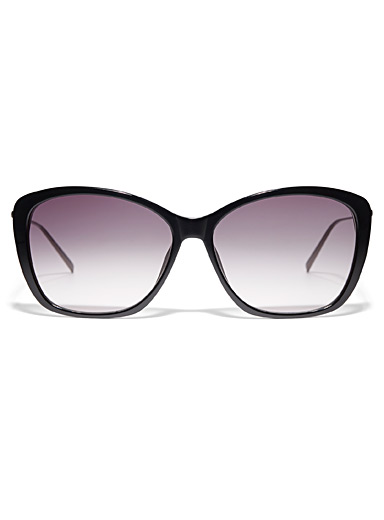 Thin temple square sunglasses