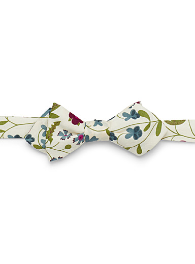 Liberty modern flower bow tie