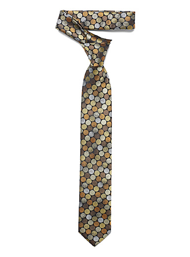 Shaded disc tie