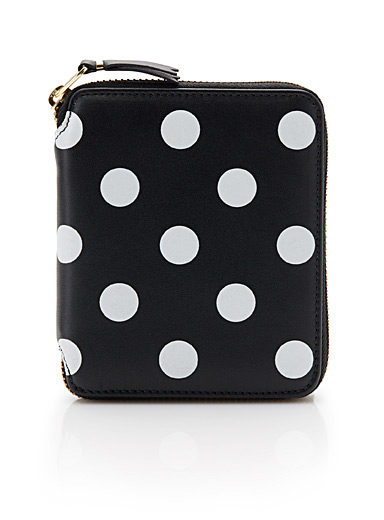 White dot wallet