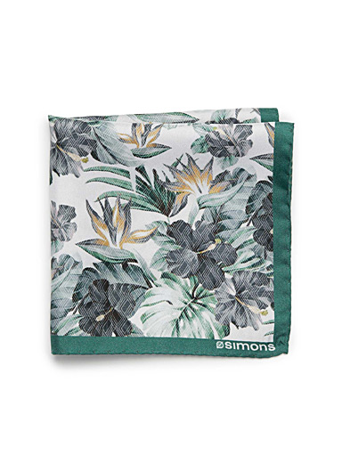 Tropical flora pocket square