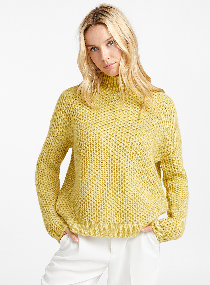 suzanny-honeycomb-knit-sweater