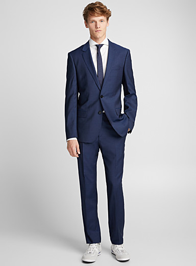 Henry/Griffin navy suit  Slim fit