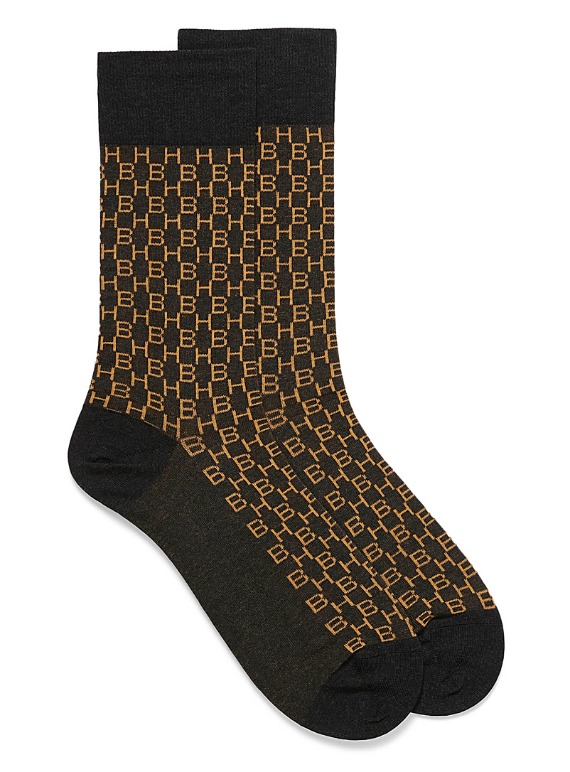 initial-pattern-socks