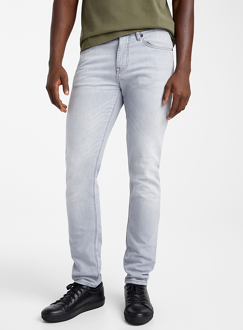 BOSS Grey Delaware jean for men