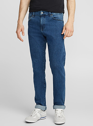 Maine medium blue stretch jean  Straight fit