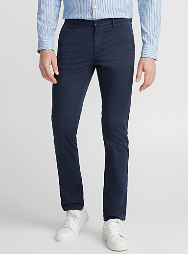Stretch navy chinos <br>Slim fit