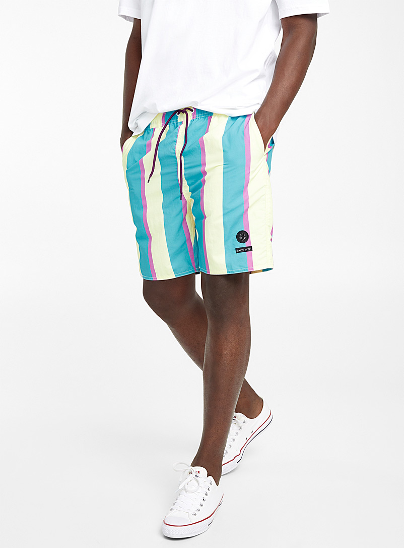 le-short-raye-retro