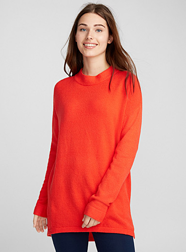 Loose high-neck tunic