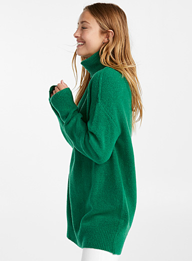 Long bouclé-knit turtleneck