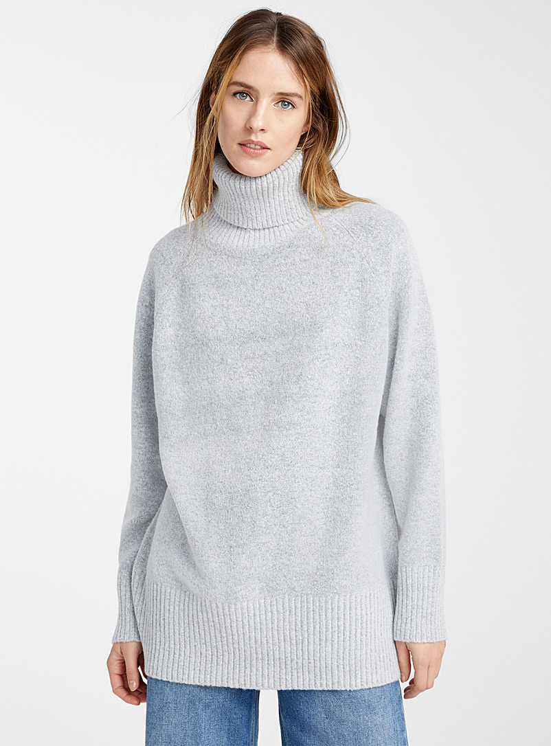 Icône Light Grey Turtleneck tunic sweater for women