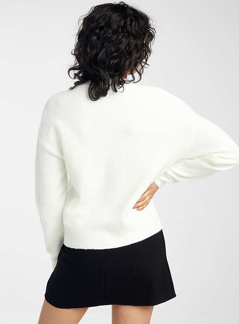 Icône Ivory White Shimmery button cardigan for women