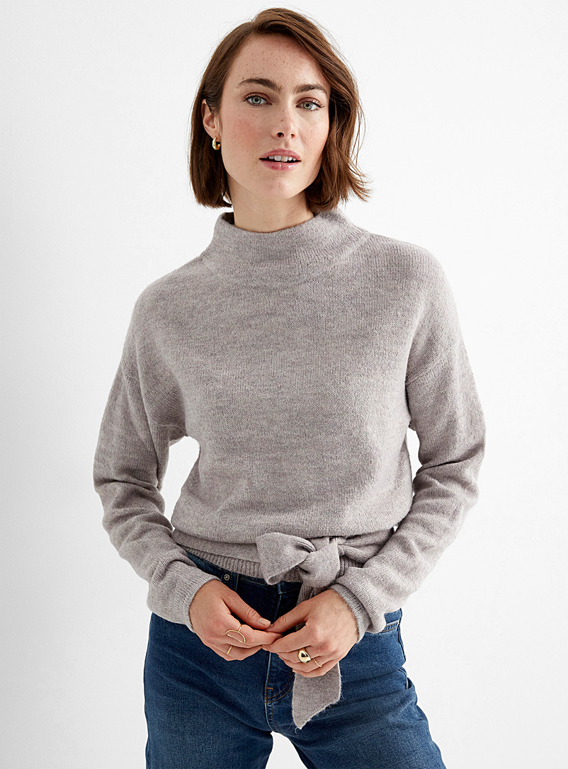 Contemporaine Lilacs Knotted waist chimney collar sweater for women