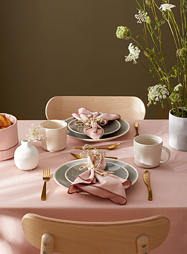Soft pink chambray recycled polyester tablecloth
