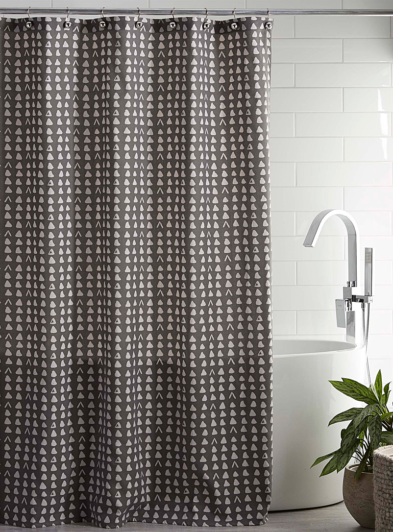organically-shaped-triangle-shower-curtain
