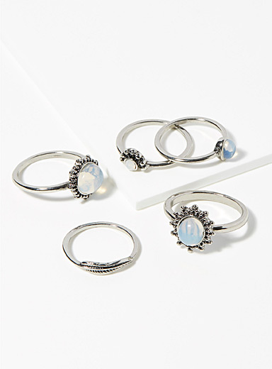 Opal-like rings <br>Set of 5