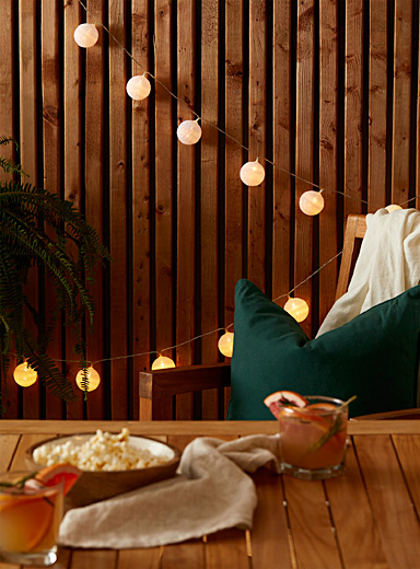 Simons Maison White Globe string lights