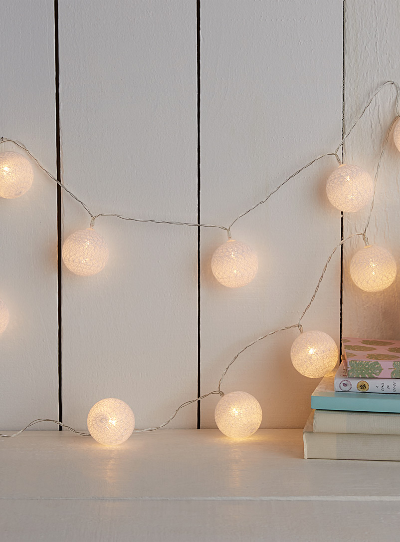 Globe string lights - Ambient Lighting - White