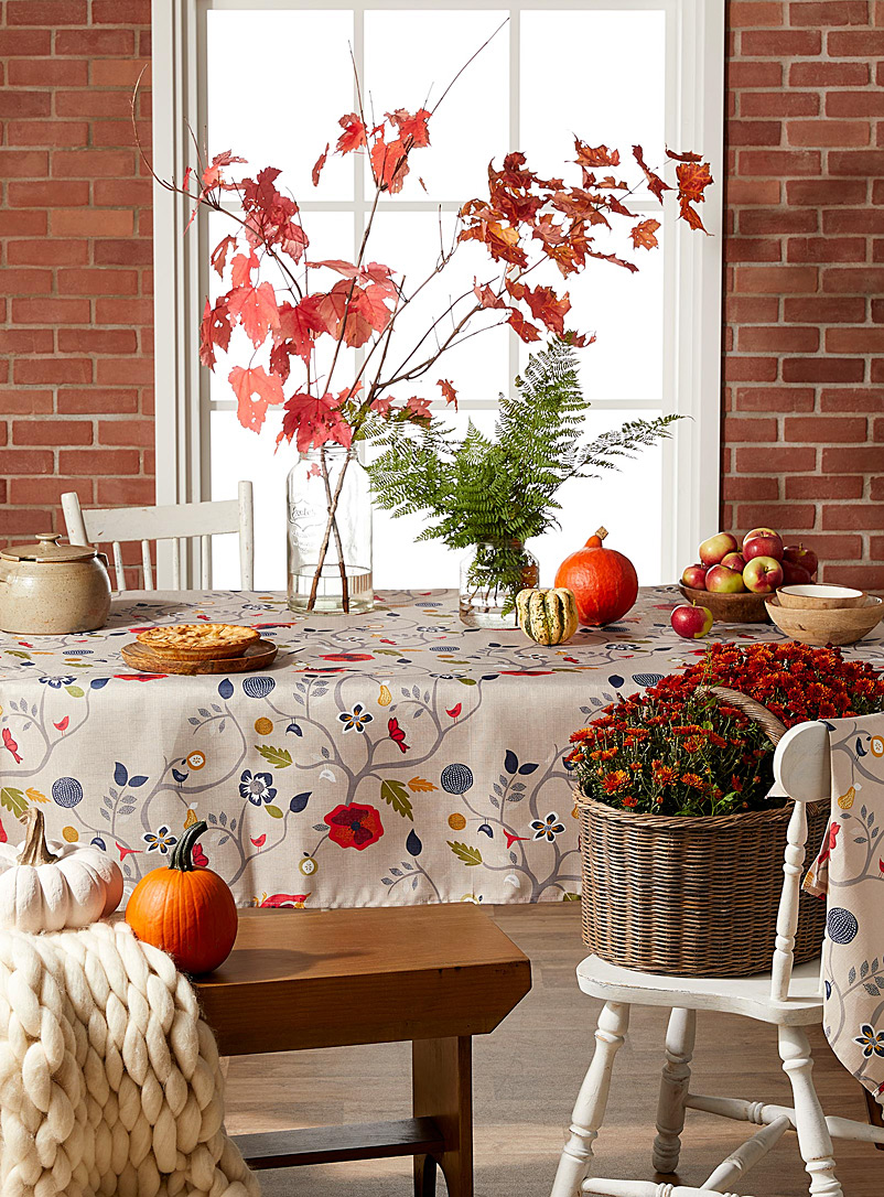 Dream garden tablecloth