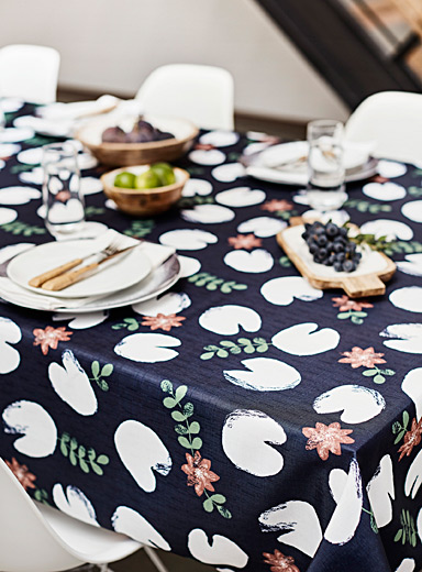 Wild water lily tablecloth