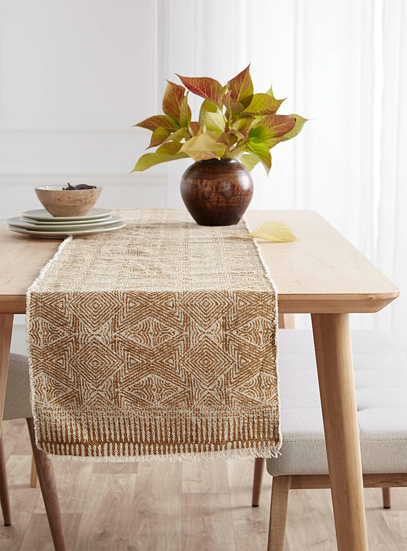 Simons Maison Dark Yellow Organically shaped diamond woven table runner  35 x 180 cm